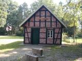 1000-jährige Linde / Dicke Linde / Heeder Riesenlinde, Heimathaus & Backhus_1